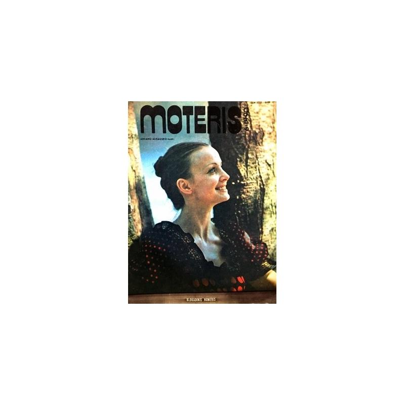 Moteris 1990 m. Nr. 6